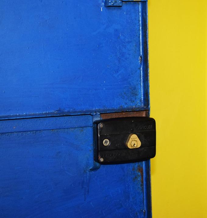 porte-bleue-a-bouira