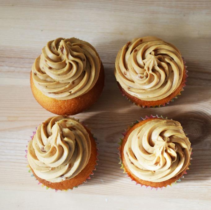 quatre-cupcake-sur-bois