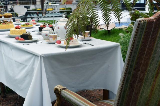 table d'alice au pays des merveilles boulogne mairie