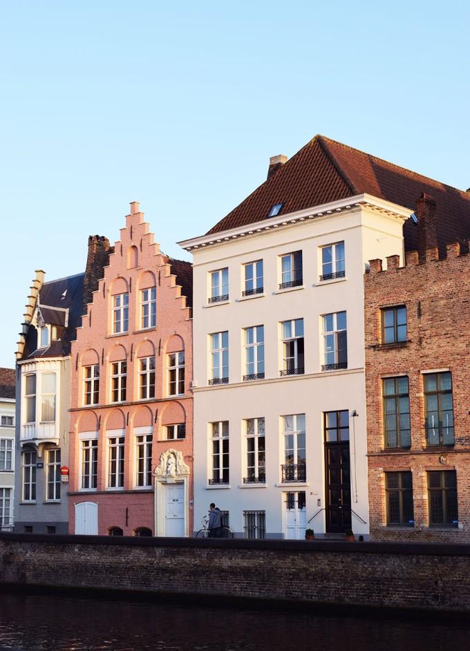 façade de maisons brugges