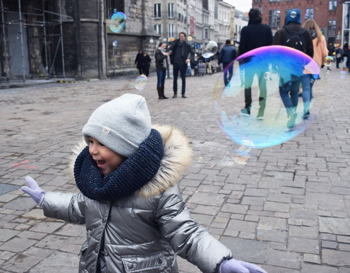 lina et les bulle à gand en belgique