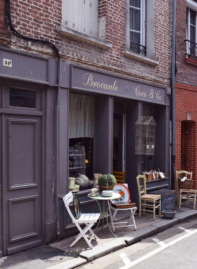 facade boutique de brocante honfleur