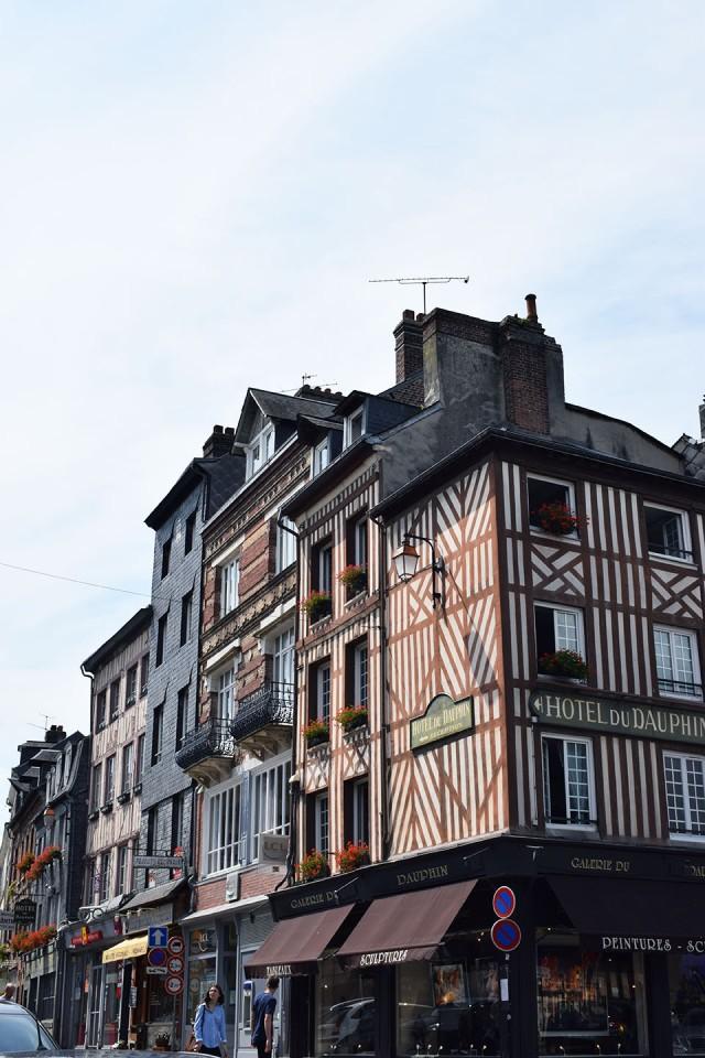 façade du quartier historique de honfleur