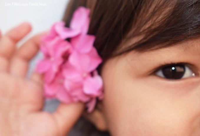linette avec des fleurs copie